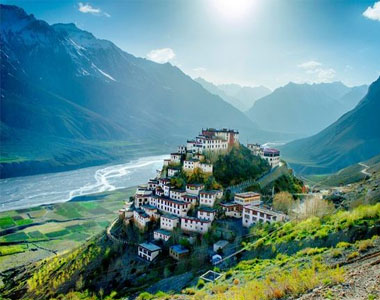 Leh Ladakh Tour Package for Couples